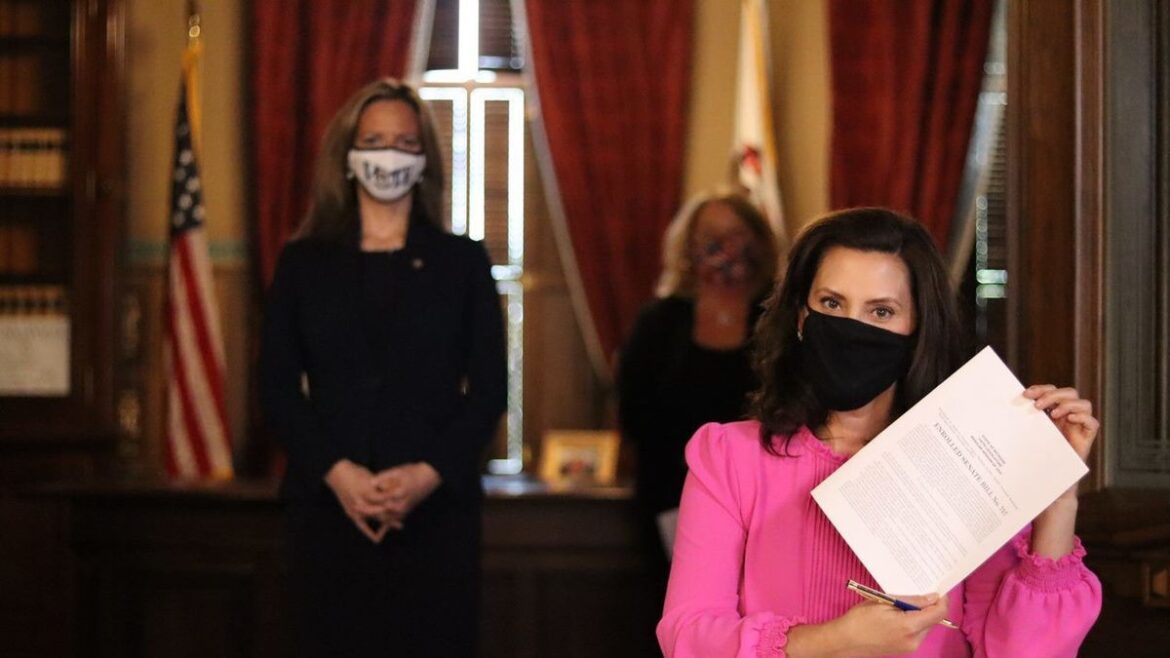 Whitmer expected to sign 'Clean Slate' bill