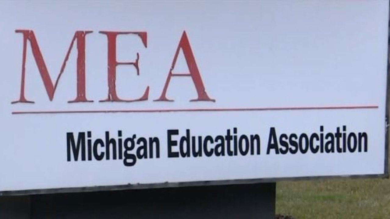 Survey: Quarter of Michigan teachers say schools aren't ready to help retained students