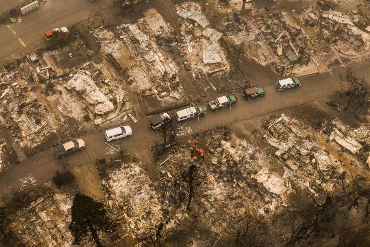"""Oregon braces for a """"mass fatality incident"""" as wildfires rage in western states"""